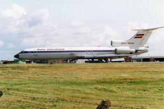 Baltic International Tu154B