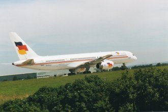 Flying Colours Boeing 757-200