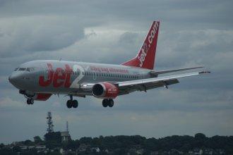 Jet2 737-300