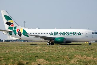 Shannon Airport 2011 002 Air Nigeria B737-300