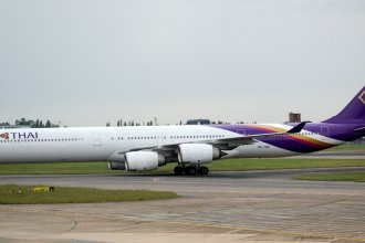 Heathrow 2012 699  A340  Thai
