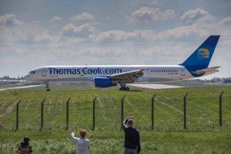 Thomas Cook - Boeing 757-200 - G-FCLK