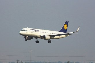Lufthansa Airbus A320-214(WL) D-AIZT