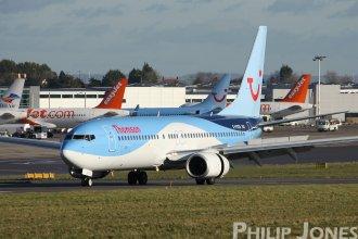 Thomson 737-800 G-FDZS