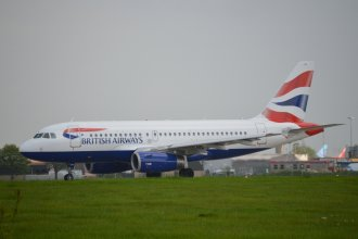 British Airways A319 G-EUPN (2)