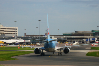 Thomson 737 at Manchester