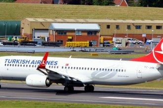 Turkish Airlines 738 TC-JHN