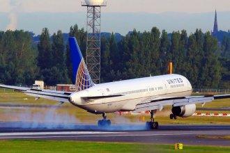 United 757 N17139