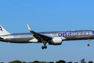 American Airlines 757 (Oneworld Livery) N174AA