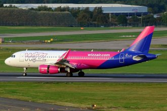 Wizz Air A320(W) HA-LYT