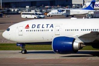 Delta Boeing 777-200LR Manchester
