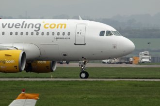 Vueling Airlines Airbus A319 EC-MKX