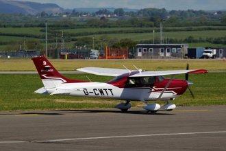 Cessna 182T Skylane G-CWTT