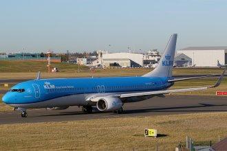 KLM 737-900 PH-BXT