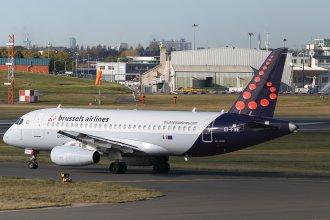 BRUSSELS AIRLINES SUKHOI SSJ EI-FWE