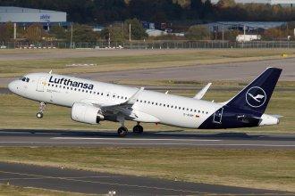 LUFTHANSA A320NEO D-AINM