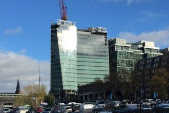 3 Snowhill shimmering in the winter sunshine