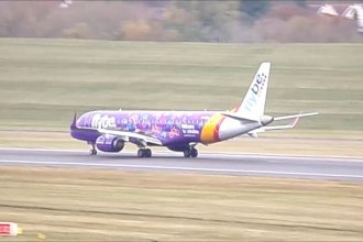 Flybe at Birmingham Airport from cardiff_flyer